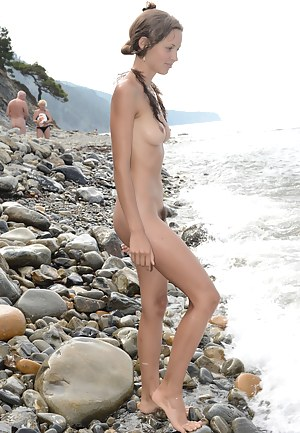 Fantastically sexy sweetheart giving all she can for the perfect photo collection. Amazingly hot girlfriend on the nudist beach.