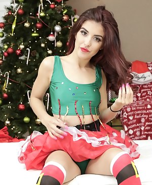 Filthy partners are enjoying awesome fuck session on Christmas. The babe's best gifts are deep penetration and massive facial.