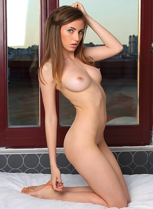 Teen Solo Porn Pictures