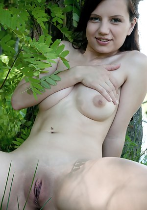This brunette cutie loves to spend some time naked in nature, where she can expose her irresistible wildness.