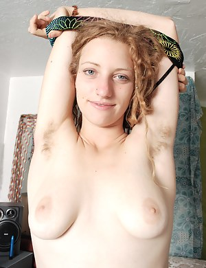 When hairy woman Valcorie is asked about her hairy body, she is happy to show what she has. She normally goes into the middle of the room and slowly strips off her clothes and shows her hairy body.