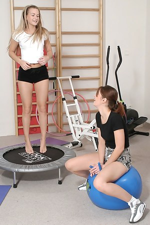 Willing lesbian teenagers getting very horny at the fitness