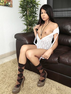 Enjoy watching awesome solo session this glamour babe is enjoying on the black sofa. She also loves playing with her partner's aggregate.